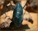 Moosachat grün Trommelstein gebohrt