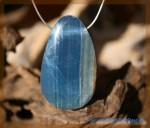 Aragonit-Calcit blau Scheibenstein gebohrt