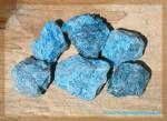 Apatit azurblau Rohsteine Wasserenergetisierung