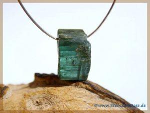 Turmalin blau Indigolith Kristall gebohrt
