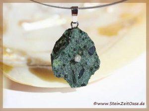 Diamant Rohkristall auf Kimberlin - Silberöse -