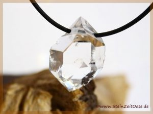 Herkimer-Diamant Kristall gebohrt
