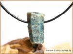 Saphir blau Kristall / Rohstein gebohrt